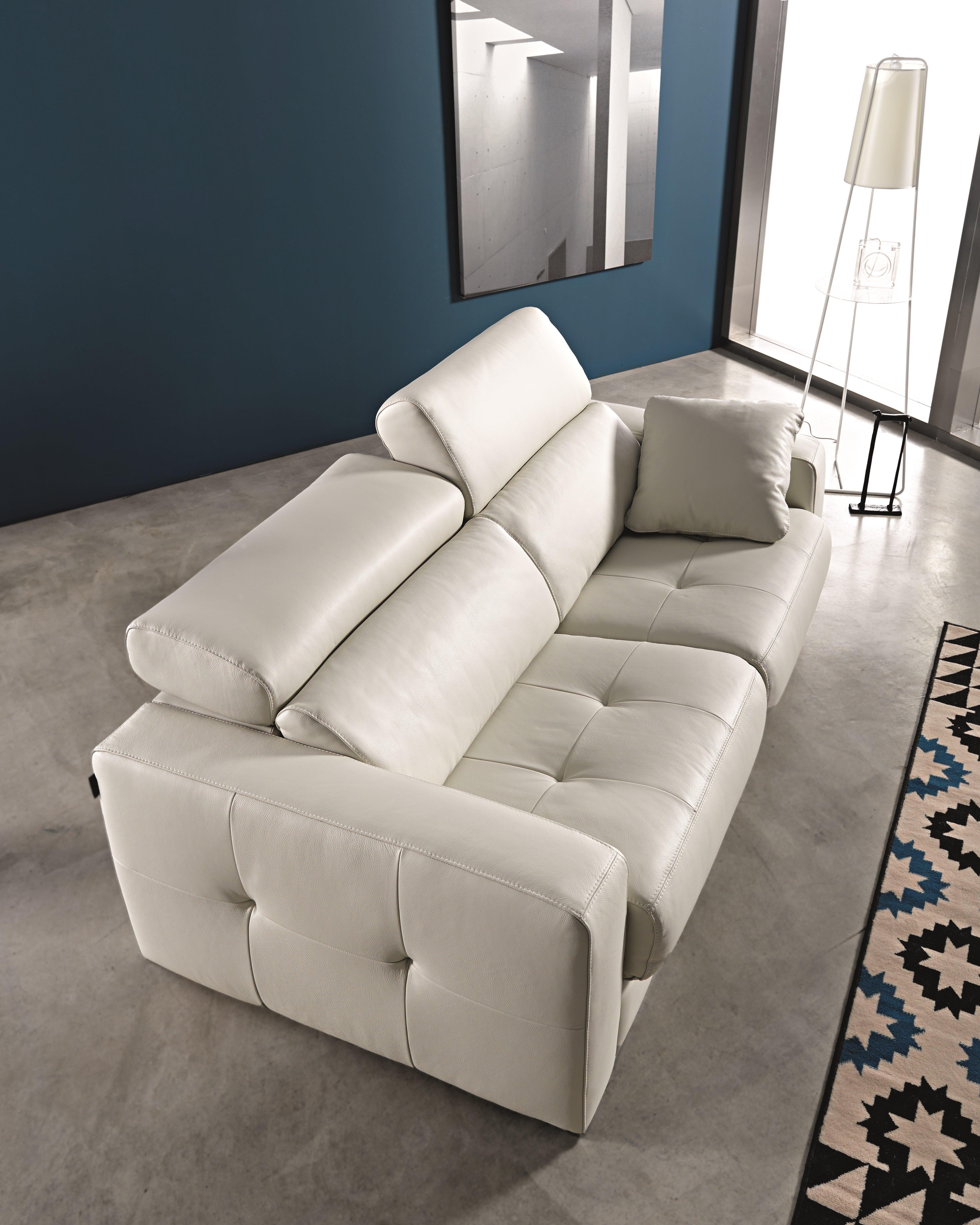Ainoa pedro ortiz for Fabricas de sofas en yecla